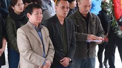 Lại Văn Sâm đau xót bên linh cữu nhạc sĩ Lương Minh