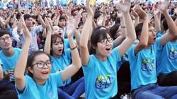 Hàng ngàn bạn trẻ Sài Gòn hưởng ứng Giờ Trái Đất 2016