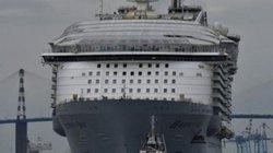 """Con tàu lớn nhất thế giới """"lên đường"""""""