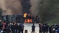 Tông xe khách, xe bồn bốc cháy, ít nhất 3 người chết