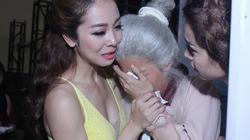 """Jennifer Phạm khóc nức nở tại """"Bước nhảy hoàn vũ"""""""