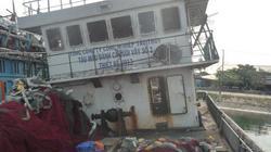 Tàu cá hỏng do ngư dân muốn lắp động cơ… ô tô(?!)