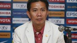 HLV Hoàng Anh Tuấn băn khoăn việc chọn quân dự World Cup 2017
