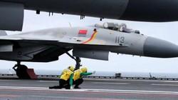"""""""Cá mập bay"""" Trung Quốc lần đầu tập trận ở Biển Đông"""