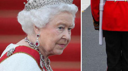 Nữ hoàng Anh suýt bị cảnh vệ bắn lúc rạng sáng