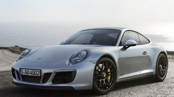 Porsche 911 GTS 2017 cải tiến thêm mạnh mẽ