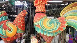"""Đàn gà """"khủng"""" sắp xuất hiện trên đường hoa Nguyễn Huệ"""