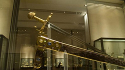 Top 5 thanh kiếm có giá trị lâu đời nhất thế giới