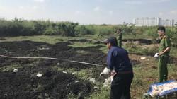 Hàng chục khối chất thải xả ra chợ đầu mối lớn nhất Việt Nam