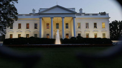 Donald Trump trục xuất các nhà báo ra khỏi Nhà Trắng