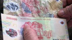 Clip: Cảnh báo tội phạm dùng tiền giả dịp giáp tết