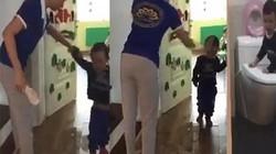 Cô giáo cầm dép đánh trẻ: Trường Sen Vàng có thể bị tước giấy phép