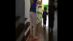 Cầm dép đánh vào đầu trẻ, cô giáo có thể bị xử lý hình sự