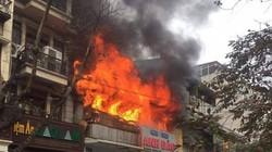 Cháy trên phố Bát Đàn: Một nạn nhân tử vong