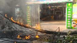 Hà Nội: Cháy nổ, khói lửa nghi ngút ngay sát trường mầm non