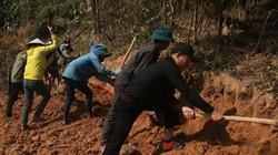 Nghệ An: Hơn 500 người cắm lán, ngủ rừng mở đường cùng dân bản