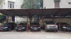 8 cơ quan ở Hà Nội niêm phong xe biển xanh, thực hiện khoán xe công