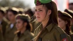 Vẻ đẹp của các bóng hồng Israel trước khi ra chiến trường