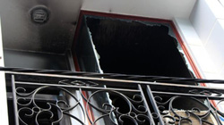 Hàng loạt tivi, điện thoại phát nổ khiến khu phố Sài Gòn náo loạn