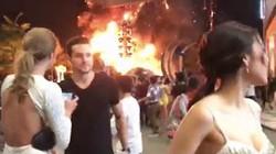 """Mỹ nhân Việt bị """"đơ và lắp bắp"""" khi sân khấu Kong bị cháy"""