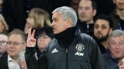 """Bị CĐV Chelsea gọi là Judas, HLV Mourinho đáp trả """"đanh đá"""""""