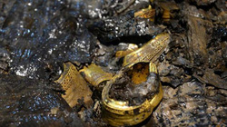 Bên trong ngôi mộ 2.000 năm tuổi chứa đầy vàng ở Trung Quốc