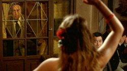 Phim về cô hầu táo bạo hút hồn gã trung niên khiến khán giả bối rối