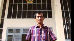 Gia đình ông Huỳnh Văn Nén đến tòa án đòi tiền bồi thường