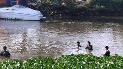 Cả chục người nhái lặn tìm dưới sông vì chiếc xe máy trên bờ