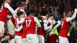 Lộ diện 2 kẻ khiến phòng thay đồ Arsenal đại loạn