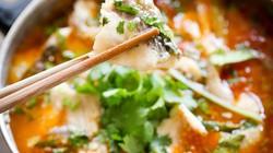 Canh cá trắm nấu chua cay nồng, ngọt thanh đổi vị bữa cơm chiều