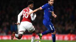 """Hòa Chelsea phút bù giờ, Arsenal """"cán mốc"""" 4 quả phạt đền"""