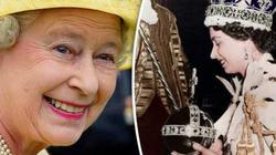 Nữ hoàng Anh lần đầu tiết lộ bí mật hoàng gia