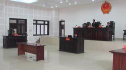 """Bị cáo nhập viện, hoãn xử vụ """"nhắn tin đe dọa ông Huỳnh Đức Thơ"""""""