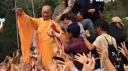 Các chuyên gia văn hoá nói gì việc bỏ lễ phát lộc Chùa Hương, Hội Gióng