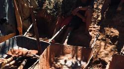 Kon Tum: Dựng lán trại để khai thác vàng trái phép