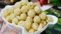 Bí quyết làm mứt hạt sen đường phèn ngọt bùi không bị nát