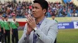 Cựu danh thủ Thể Công nghẹn ngào ngả mũ trước U23 Việt Nam