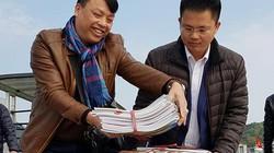 Người làm báo tại Quảng Ninh mang xuân ấm ra ngoài đảo xa
