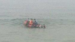 Ra biển chơi mùng 3 Tết, 1 người tử vong 2 người sóng cuốn mất tích