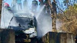 Tài xế taxi châm lửa đốt xe ở Gia Lai: Tự tử do mâu thuẫn gia đình