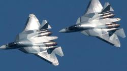 """Tiêm kích Su-57 Nga """"thử lửa"""" ở Syria: Dằn mặt F-22 Mỹ?"""