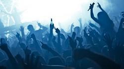 Thụy Điển: Hộp đêm cho khách khỏa thân vào miễn phí