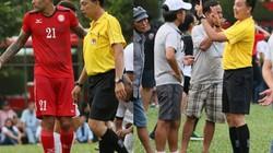 """""""Trò cưng"""" nhận thẻ đỏ, HLV Miura """"bật"""" trọng tài FIFA"""