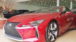 Lexus LC500 trưng bày tại showroom với giá bán gần 10 tỷ đồng