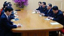 Bước tiến lớn: Kim Jong-un mở tiệc chào đón đại biểu Hàn Quốc
