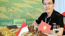 """Lê Quang Liêm bị kỳ thủ Trung Quốc """"thập diện mai phục"""" tại giải HDBank"""