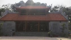 """""""Choáng"""" với cổng tam quan mới đồ sộ ở chùa Bổ Đà rêu phong cổ kính"""