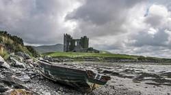 Ám ảnh trước những lâu đài bị bỏ hoang trên thế giới
