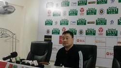 HLV Hài Phòng nói gì khi trọng tài sớm kết thúc trận đấu?